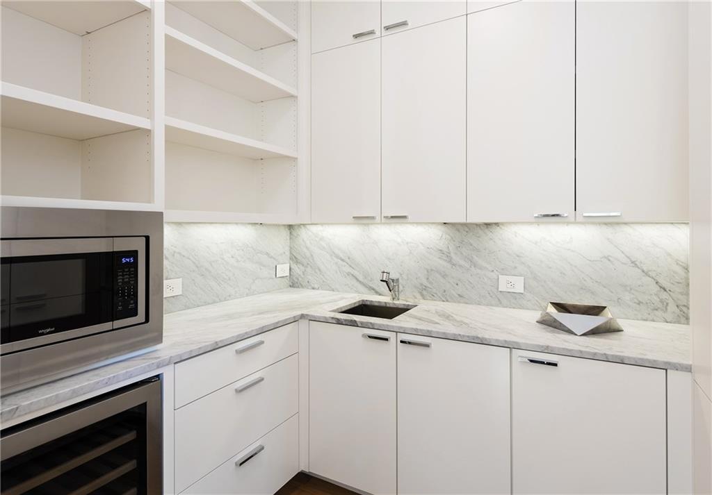 4300 Lomo Alto Drive, Highland Park, Texas 75219 - acquisto real estate best realtor dallas texas linda miller agent for cultural buyers