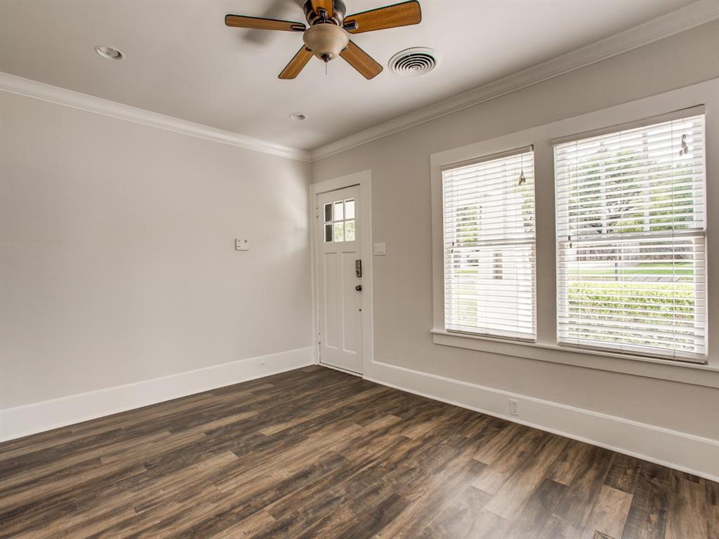 5708 Pershing Avenue, Fort Worth, Texas 76107 - acquisto real estate best photos for luxury listings amy gasperini quick sale real estate
