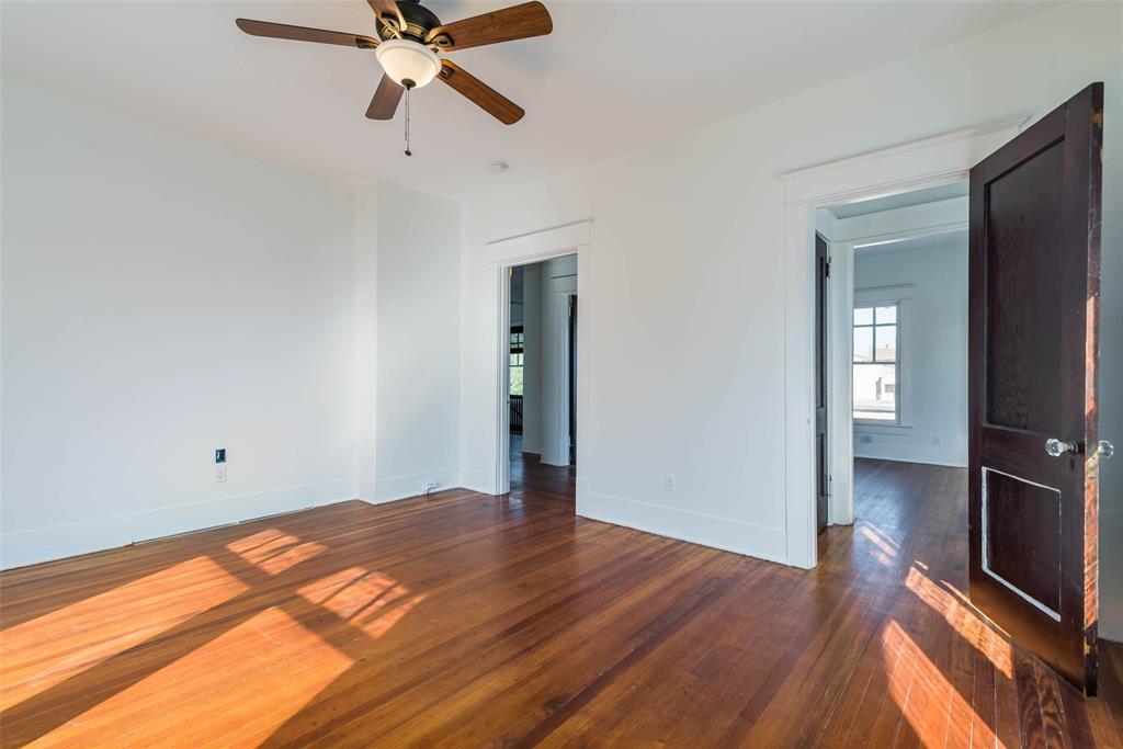 602 Travis Street, Sherman, Texas 75090 - acquisto real estate best park cities realtor kim miller best staging agent