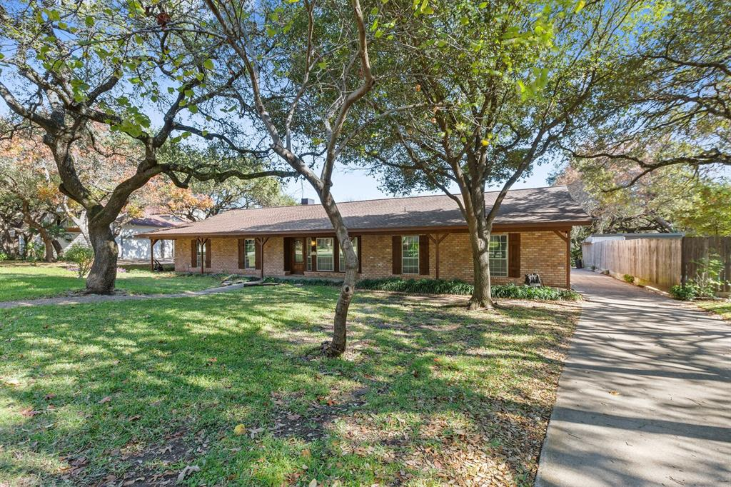 1641 Cherry Creek Drive, Woodway, Texas 76712 - Acquisto Real Estate best mckinney realtor hannah ewing stonebridge ranch expert