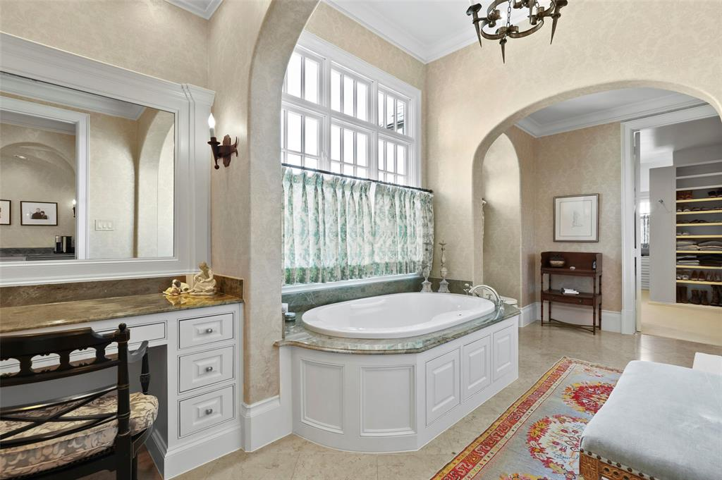 4301 Belclaire  Avenue, Highland Park, Texas 75205 - acquisto real estaet best boutique real estate firm in texas for high net worth sellers