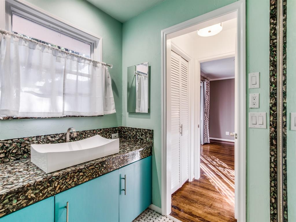 6042 Averill Way, Dallas, Texas 75225 - acquisto real estate best investor home specialist mike shepherd relocation expert