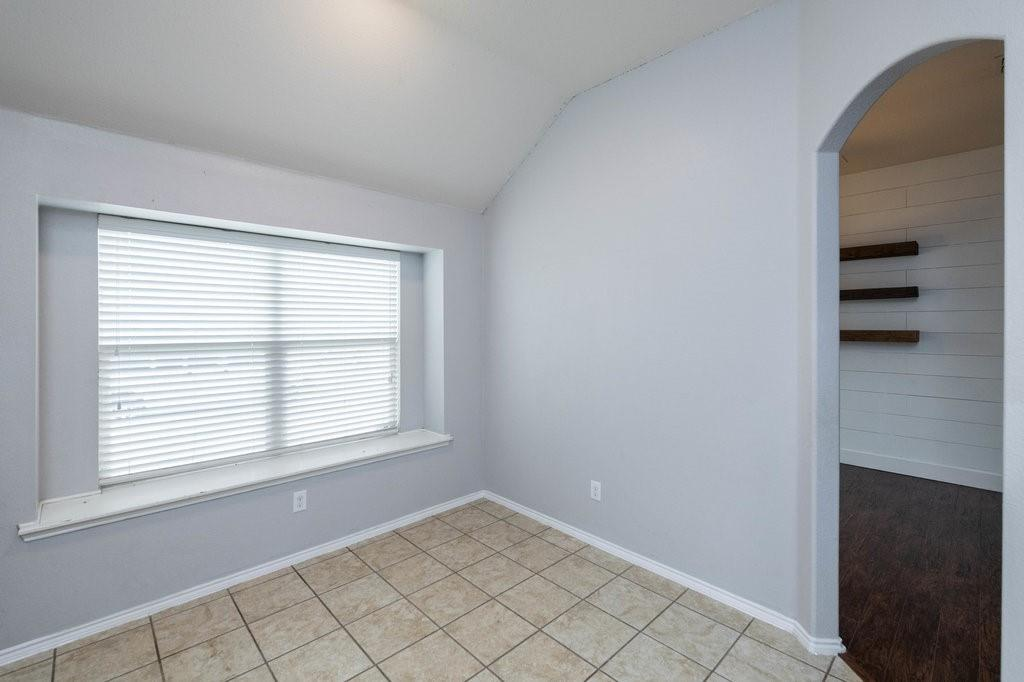 1337 Shelley Drive, Burleson, Texas 76028 - acquisto real estate best real estate company to work for