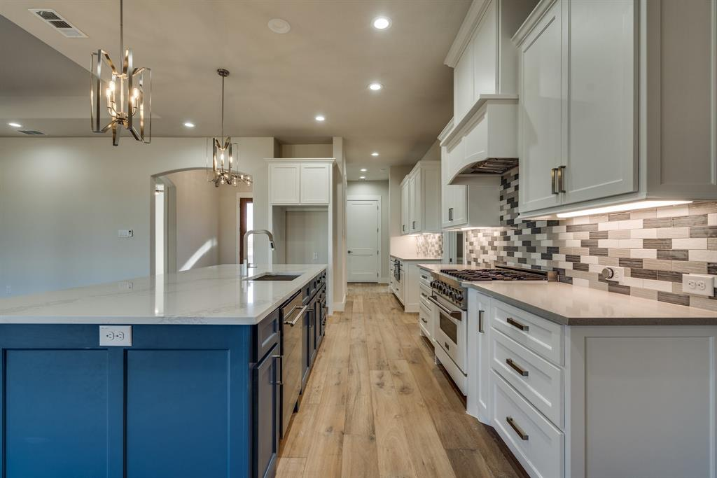2413 Colonial Lane, Midlothian, Texas 76065 - acquisto real estate best real estate company to work for