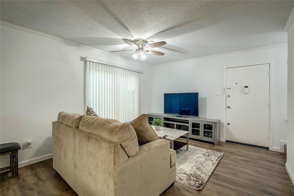12802 Midway Road, Dallas, Texas 75244 - acquisto real estate best prosper realtor susan cancemi windfarms realtor