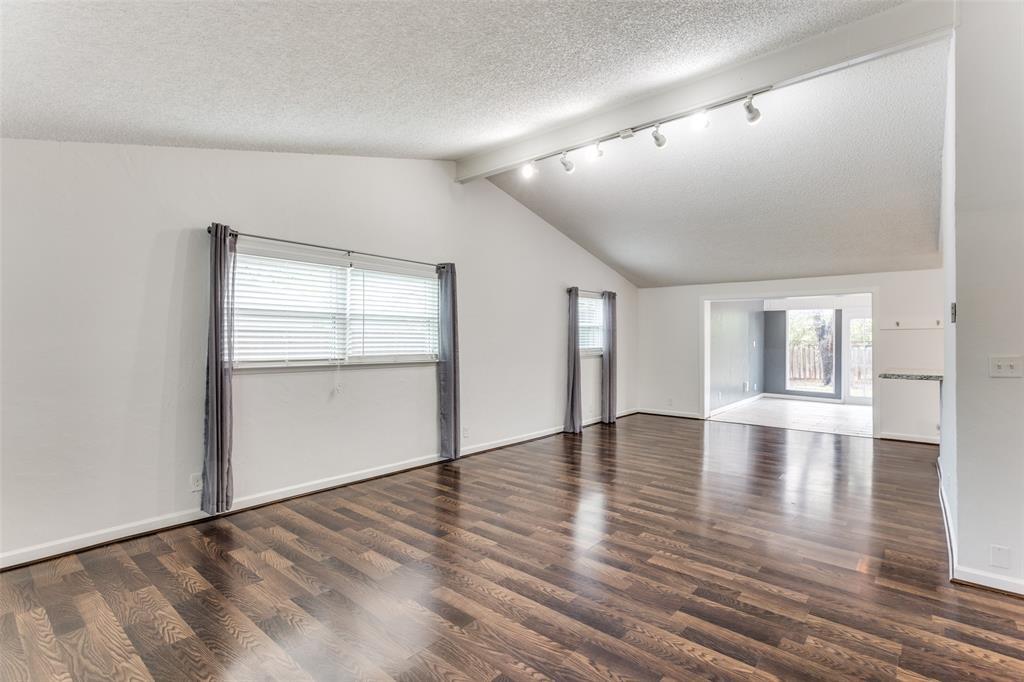 3255 Saint Croix Drive, Dallas, Texas 75229 - acquisto real estate best the colony realtor linda miller the bridges real estate