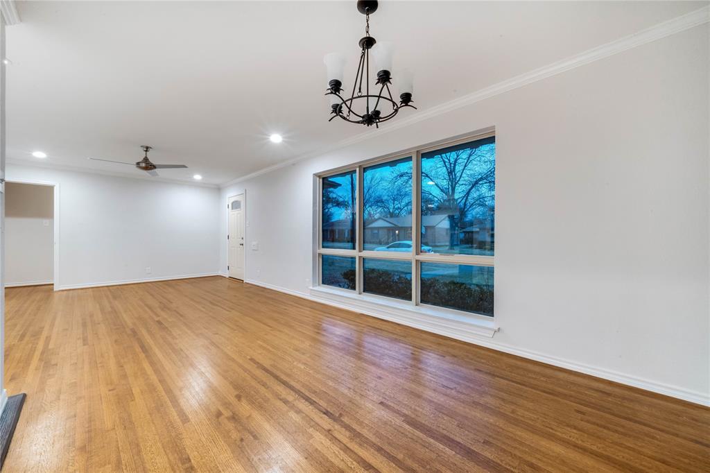 1805 Viewcrest Drive, Dallas, Texas 75228 - acquisto real estate best highland park realtor amy gasperini fast real estate service