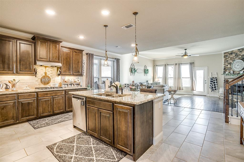 5113 Chisholm View Drive, Fort Worth, Texas 76123 - acquisto real estate best celina realtor logan lawrence best dressed realtor