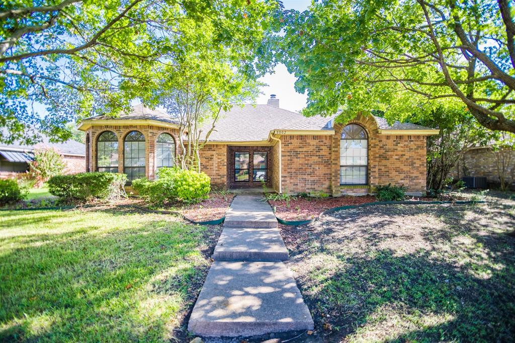 8802 Briarwood Drive, Rowlett, Texas 75088 - Acquisto Real Estate best frisco realtor Amy Gasperini 1031 exchange expert