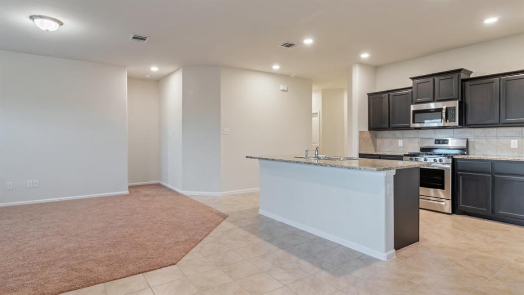 9104 RIDGERIVER Way, Fort Worth, Texas 76131 - acquisto real estate best prosper realtor susan cancemi windfarms realtor