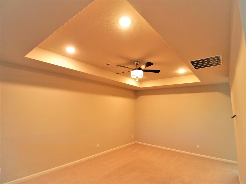 4000 Lemon Grass Way, Arlington, Texas 76005 - acquisto real estate best realtor foreclosure real estate mike shepeherd walnut grove realtor
