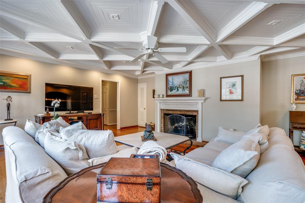 6931 Currin Drive, Dallas, Texas 75230 - acquisto real estate best flower mound realtor jody daley lake highalands agent of the year