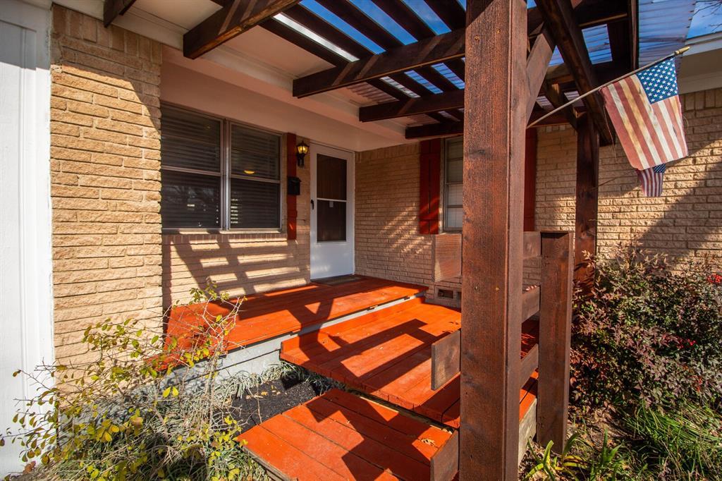 1703 Buena Vista Street, Mesquite, Texas 75149 - acquisto real estate best prosper realtor susan cancemi windfarms realtor