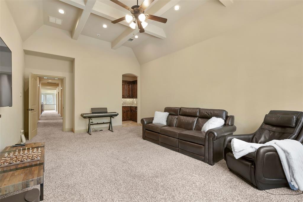 1054 Shadyside Lane, Dallas, Texas 75223 - acquisto real estate best plano real estate agent mike shepherd