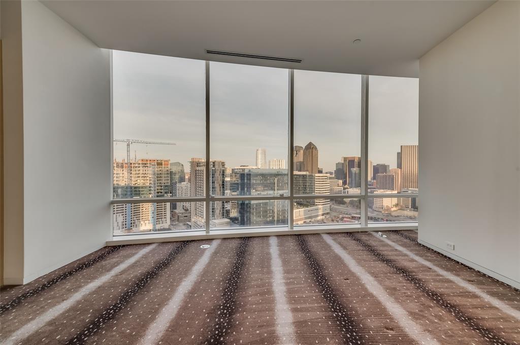2430 Victory Park Lane, Dallas, Texas 75219 - acquisto real estate best realtor dallas texas linda miller agent for cultural buyers