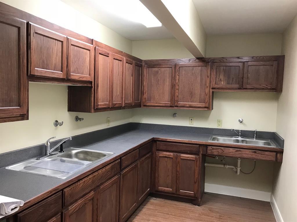 2837 Illinois Avenue, Dallas, Texas 75233 - acquisto real estate best real estate company to work for