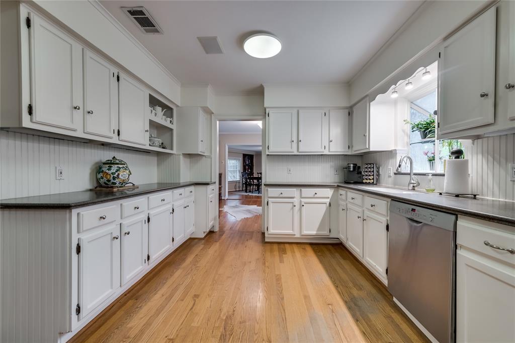 4326 Margate Drive, Dallas, Texas 75220 - acquisto real estate best new home sales realtor linda miller executor real estate