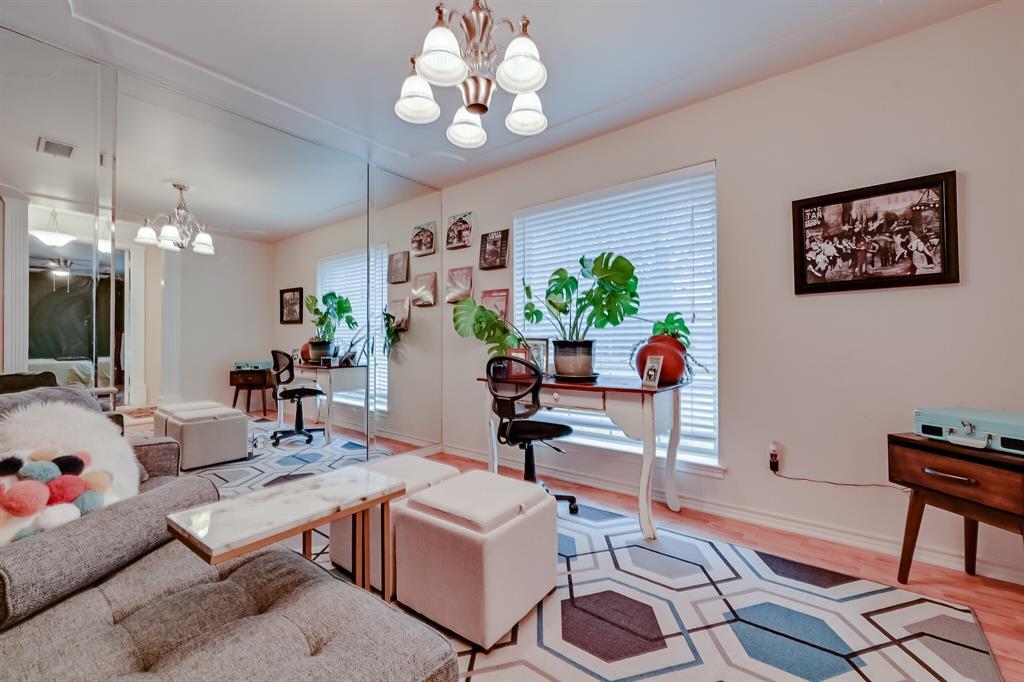 401 Country Club Drive, Joshua, Texas 76058 - acquisto real estate best prosper realtor susan cancemi windfarms realtor