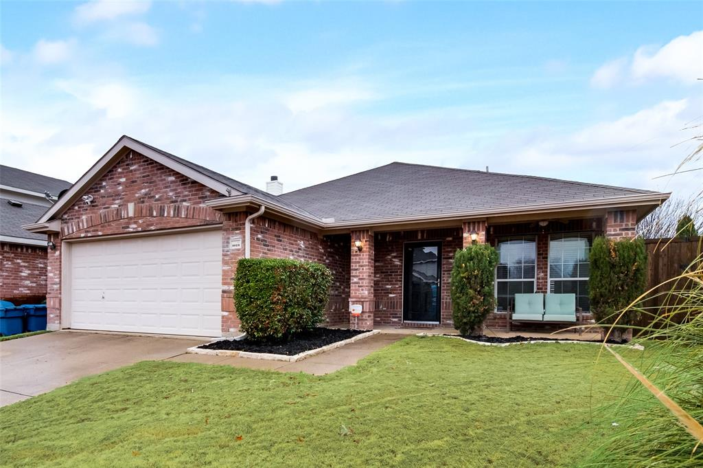 1023 Concan Drive, Forney, Texas 75126 - Acquisto Real Estate best frisco realtor Amy Gasperini 1031 exchange expert