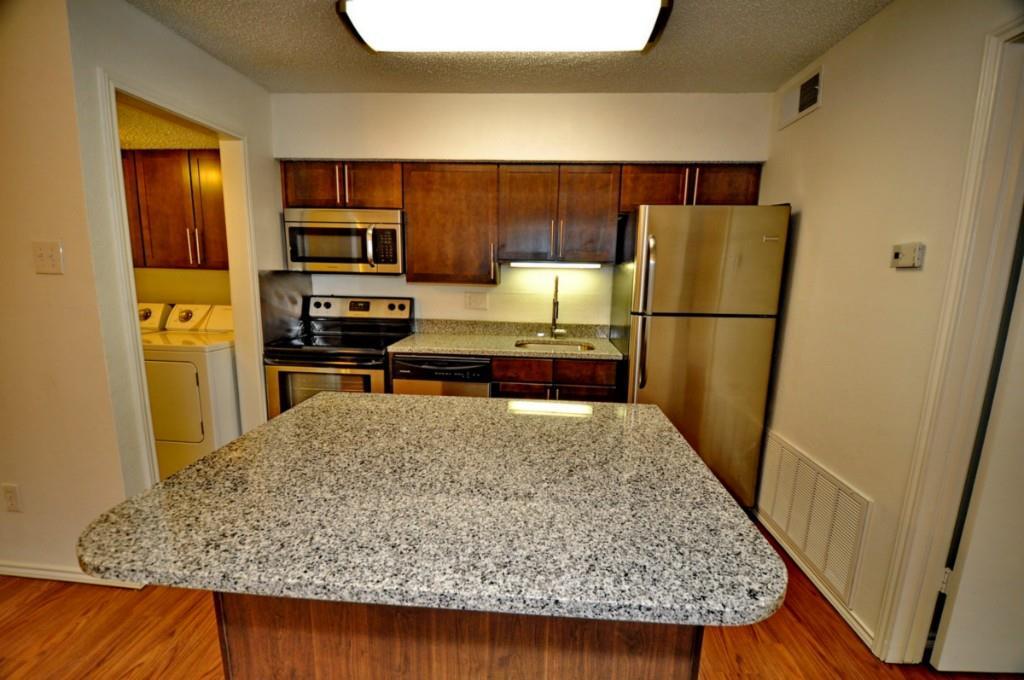 6910 Skillman Street, Dallas, Texas 75231 - acquisto real estate best prosper realtor susan cancemi windfarms realtor