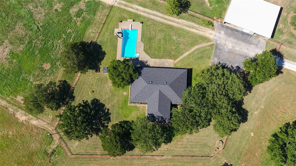 2239 Finis Road, Graham, Texas 76450 - acquisto real estate best plano real estate agent mike shepherd