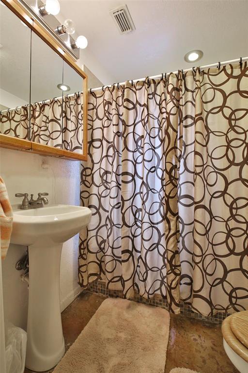 3133 HWY 36  Comanche, Texas 76442 - acquisto real estate best negotiating realtor linda miller declutter realtor