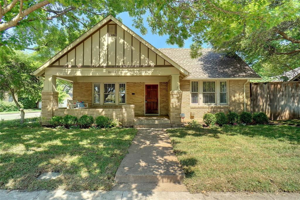 3201 Cockrell Avenue, Fort Worth, Texas 76109 - Acquisto Real Estate best plano realtor mike Shepherd home owners association expert