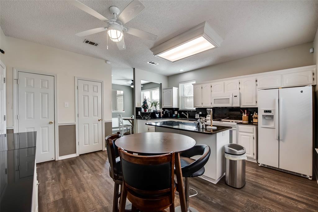 18934 Ravenglen Court, Dallas, Texas 75287 - acquisto real estate best new home sales realtor linda miller executor real estate