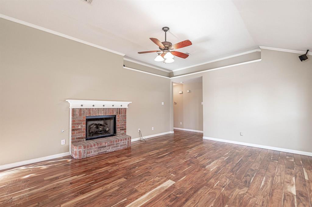 3207 Dove Valley Lane, Mansfield, Texas 76063 - acquisto real estate best celina realtor logan lawrence best dressed realtor