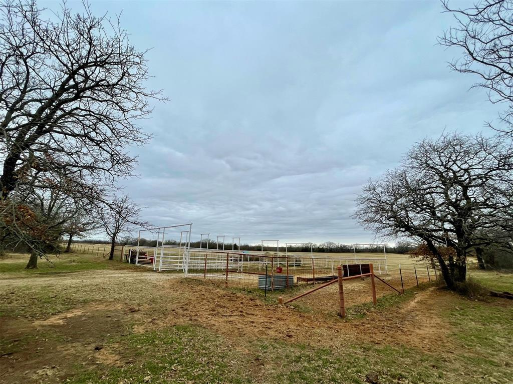 000 Lester Road, Jacksboro, Texas 76458 - acquisto real estate best celina realtor logan lawrence best dressed realtor
