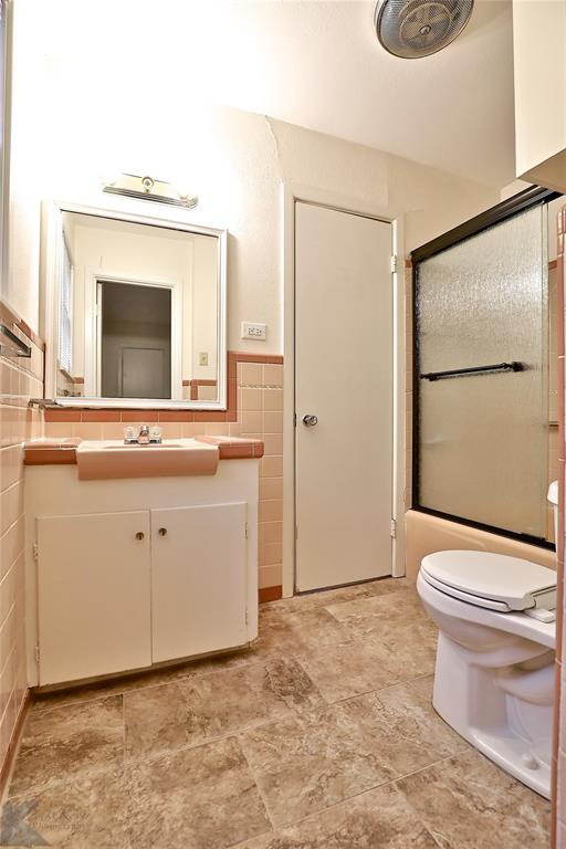 2033 Greenbriar Drive, Abilene, Texas 79605 - acquisto real estate best photo company frisco 3d listings
