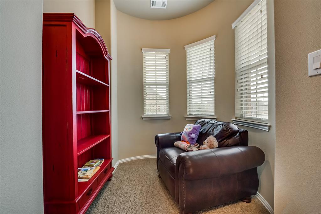 9451 Blanco Drive, Lantana, Texas 76226 - acquisto real estate best frisco real estate agent amy gasperini panther creek realtor