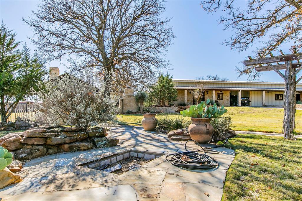 601 Indian Camp Road, Weatherford, Texas 76088 - acquisto real estate best negotiating realtor linda miller declutter realtor