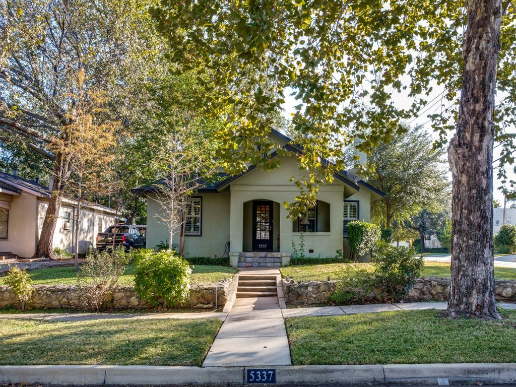 5337 Collinwood Avenue, Fort Worth, Texas 76107 - Acquisto Real Estate best plano realtor mike Shepherd home owners association expert