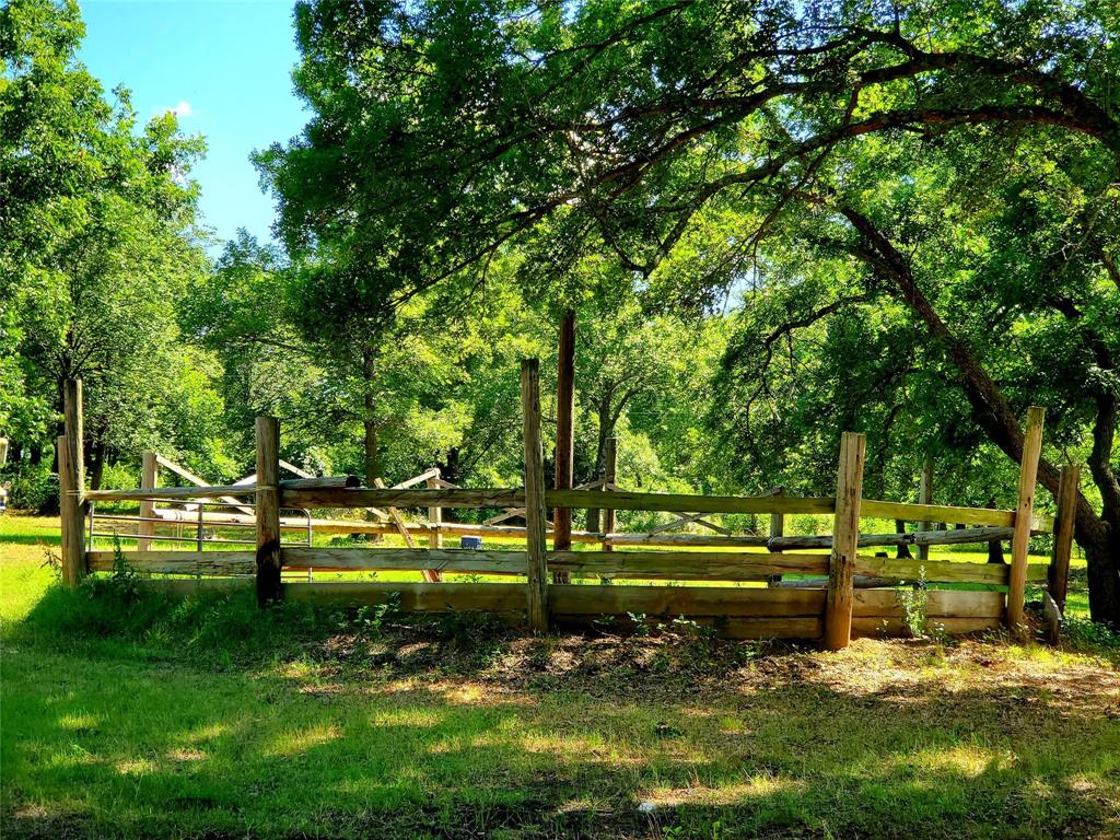 610 CR 4005  Savoy, Texas 75479 - acquisto real estate best realtor foreclosure real estate mike shepeherd walnut grove realtor