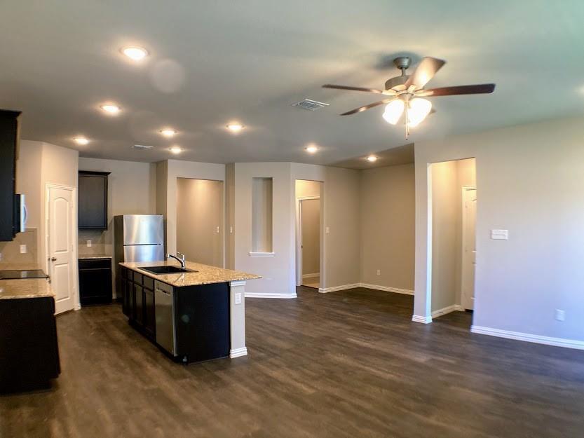 305 Laura Lane, Lewisville, Texas 75067 - acquisto real estate best prosper realtor susan cancemi windfarms realtor