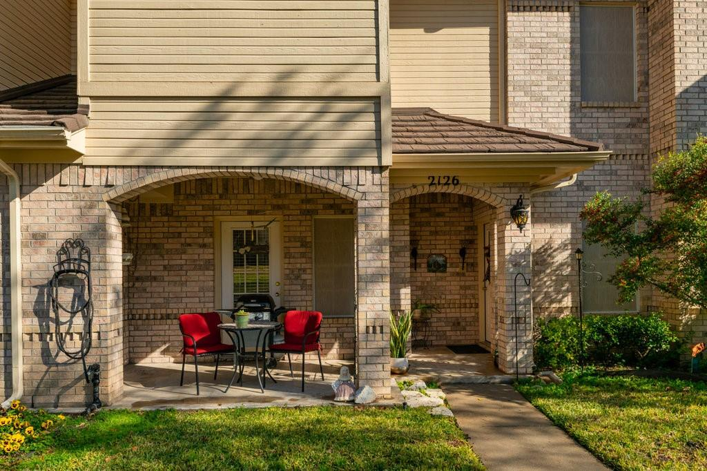 2126 Lakeforest Drive, Weatherford, Texas 76087 - Acquisto Real Estate best plano realtor mike Shepherd home owners association expert
