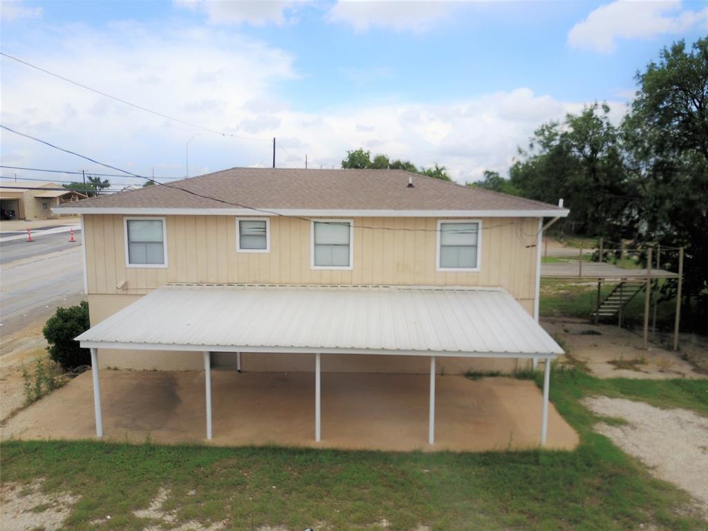 711 Walker  Street, Breckenridge, Texas 76424 - Acquisto Real Estate best plano realtor mike Shepherd home owners association expert