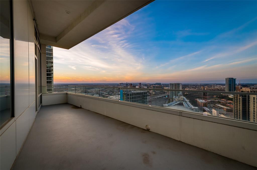 2430 Victory Park Lane, Dallas, Texas 75219 - acquisto real estate nicest realtor in america shana acquisto