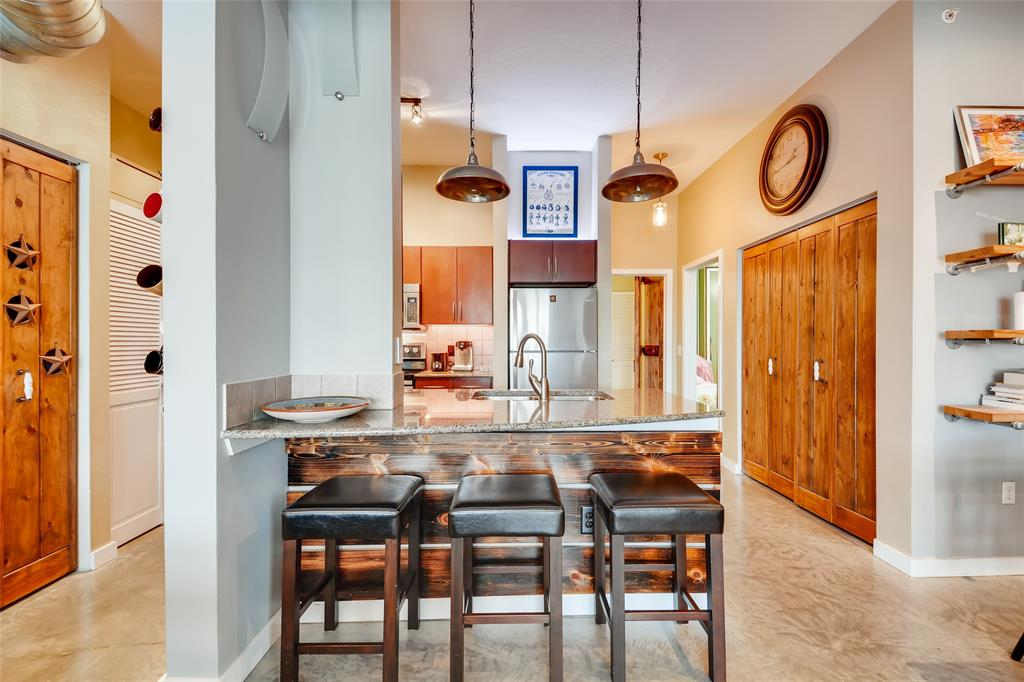 201 Lancaster Avenue, Fort Worth, Texas 76102 - acquisto real estate best listing agent in the nation shana acquisto estate realtor