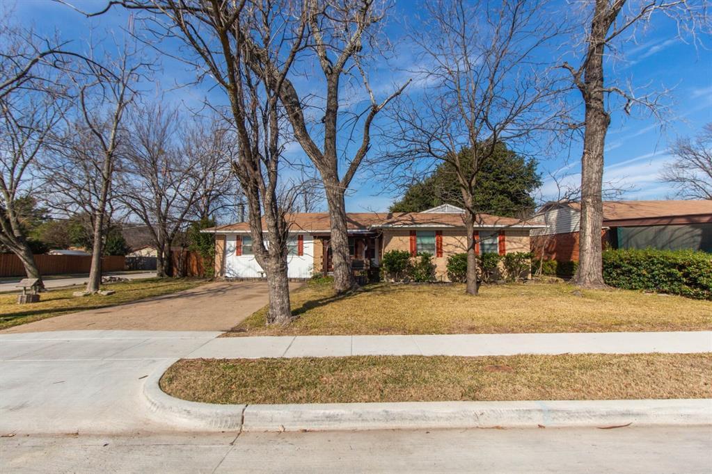 1703 Buena Vista Street, Mesquite, Texas 75149 - acquisto real estate best luxury home specialist shana acquisto
