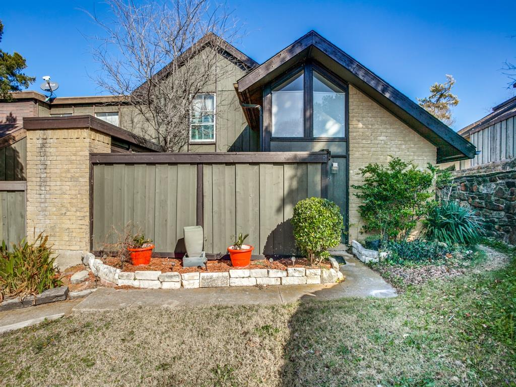 4627 Country Creek Drive, Dallas, Texas 75236 - acquisto real estate best frisco real estate agent amy gasperini panther creek realtor