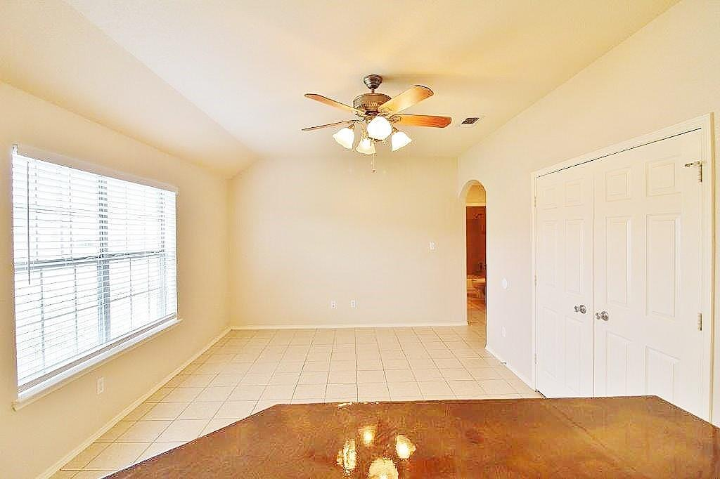125 Lindas Creek Lane, Weatherford, Texas 76088 - acquisto real estate best allen realtor kim miller hunters creek expert