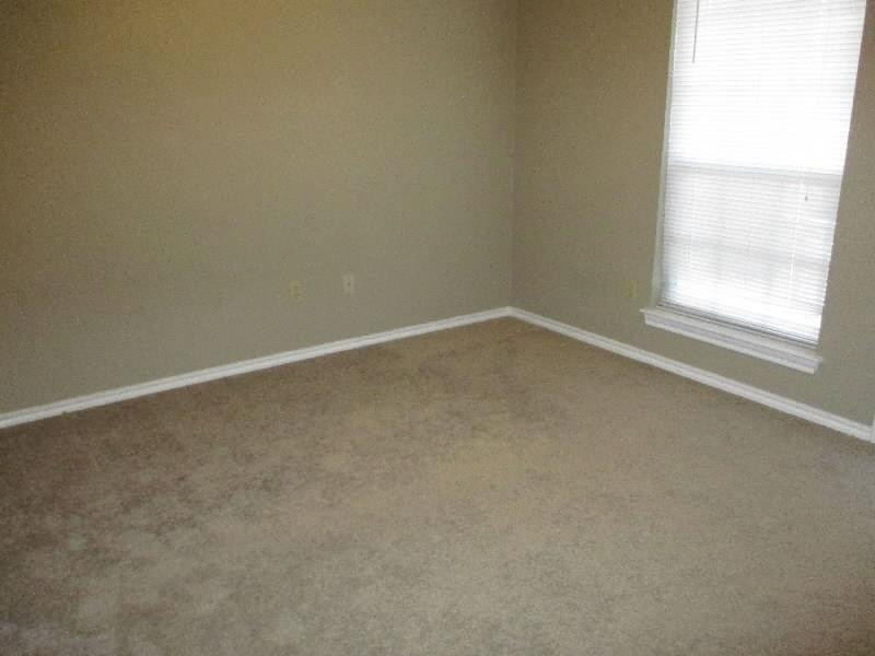 4611 Oak Club Drive, Arlington, Texas 76017 - acquisto real estate best allen realtor kim miller hunters creek expert
