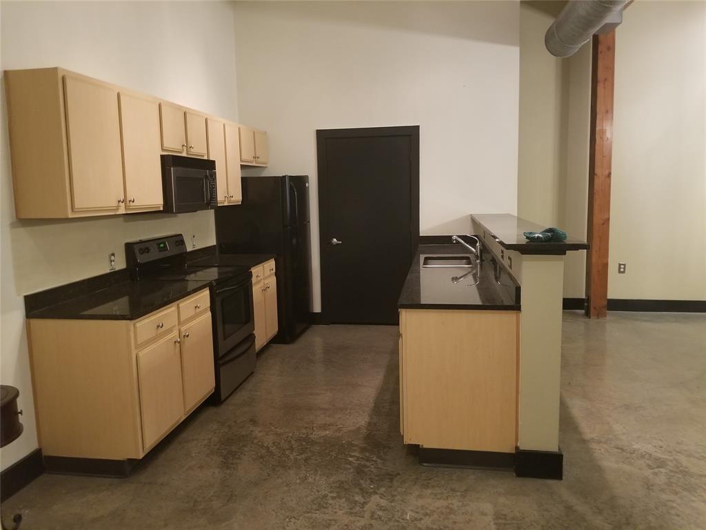 2502 Live Oak Street, Dallas, Texas 75204 - Acquisto Real Estate best plano realtor mike Shepherd home owners association expert
