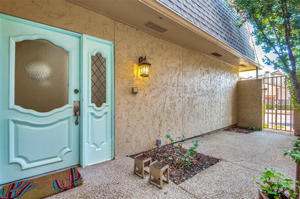 9030 Emberglow Lane, Dallas, Texas 75243 - acquisto real estate best the colony realtor linda miller the bridges real estate