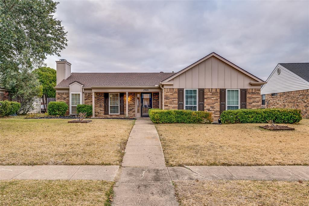 2926 Mars Drive, Garland, Texas 75040 - acquisto real estate best plano real estate agent mike shepherd