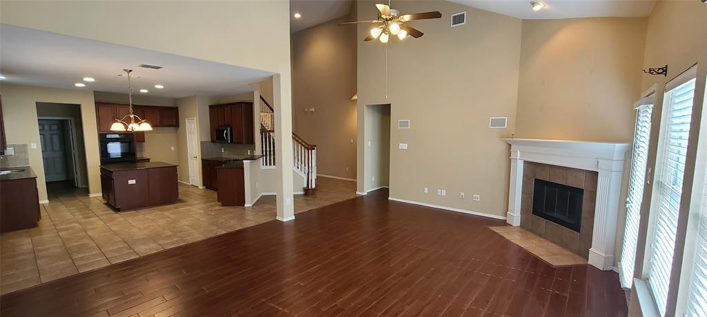 2811 Prado Grand Prairie, Texas 75054 - acquisto real estate best real estate company to work for