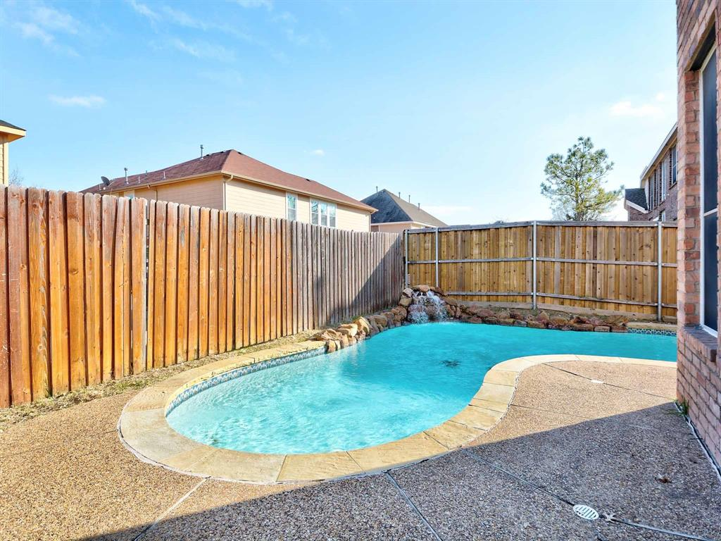 616 Daisy Drive, DeSoto, Texas 75115 - acquisto real estate best park cities realtor kim miller best staging agent