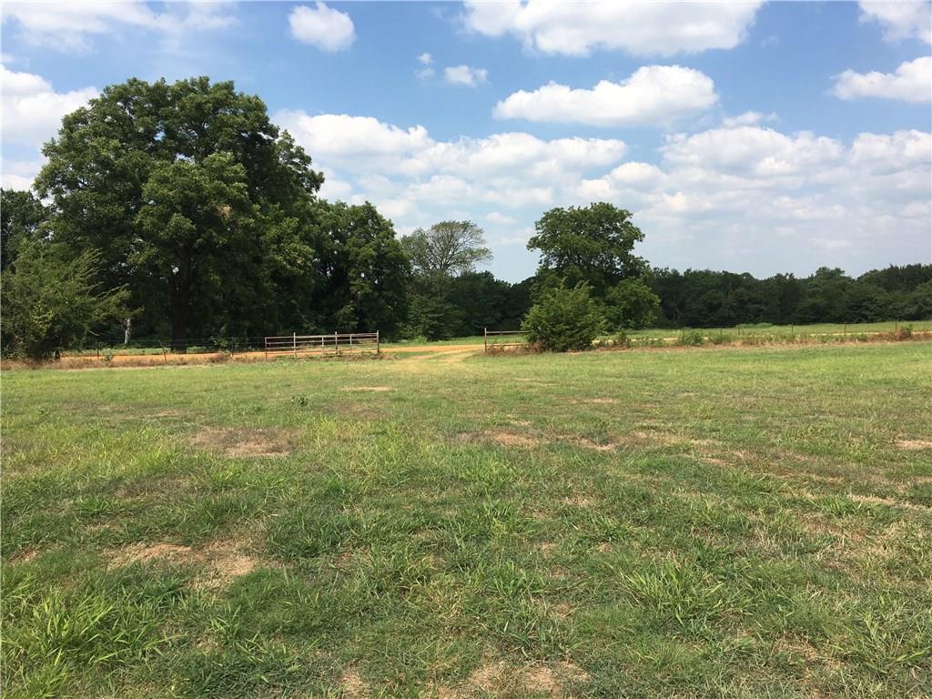 1417 Heritage  Road, Whitesboro, Texas 76273 - acquisto real estate best looking realtor in america shana acquisto